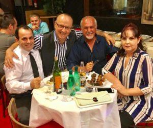 aktori Sander Ruci mes miqve pjesmarres ne show 3