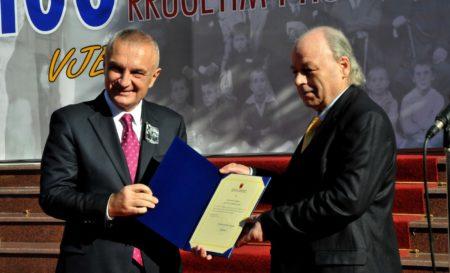 Presidenti_jep_Kolec_Traboinit Titullin_Mjeshter_i_Madh